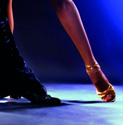 Collège de Rosemont Ateliers culturels - Danses latines